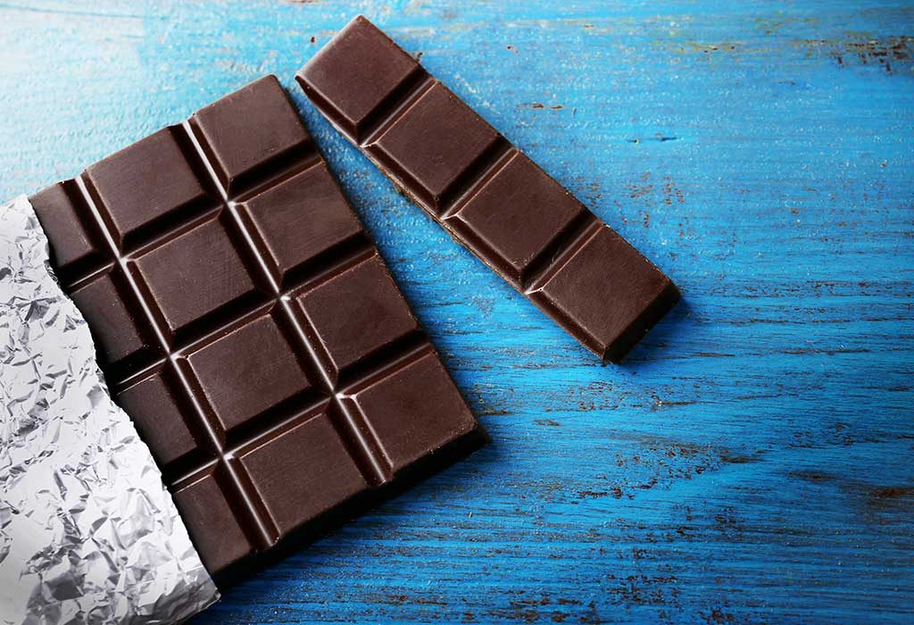 foods that increase sperm count naturally - dark chocolates