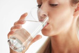 6 Tips to Drink More Water and Be Healthy